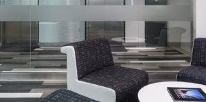 Entry lounge area with modular chairs